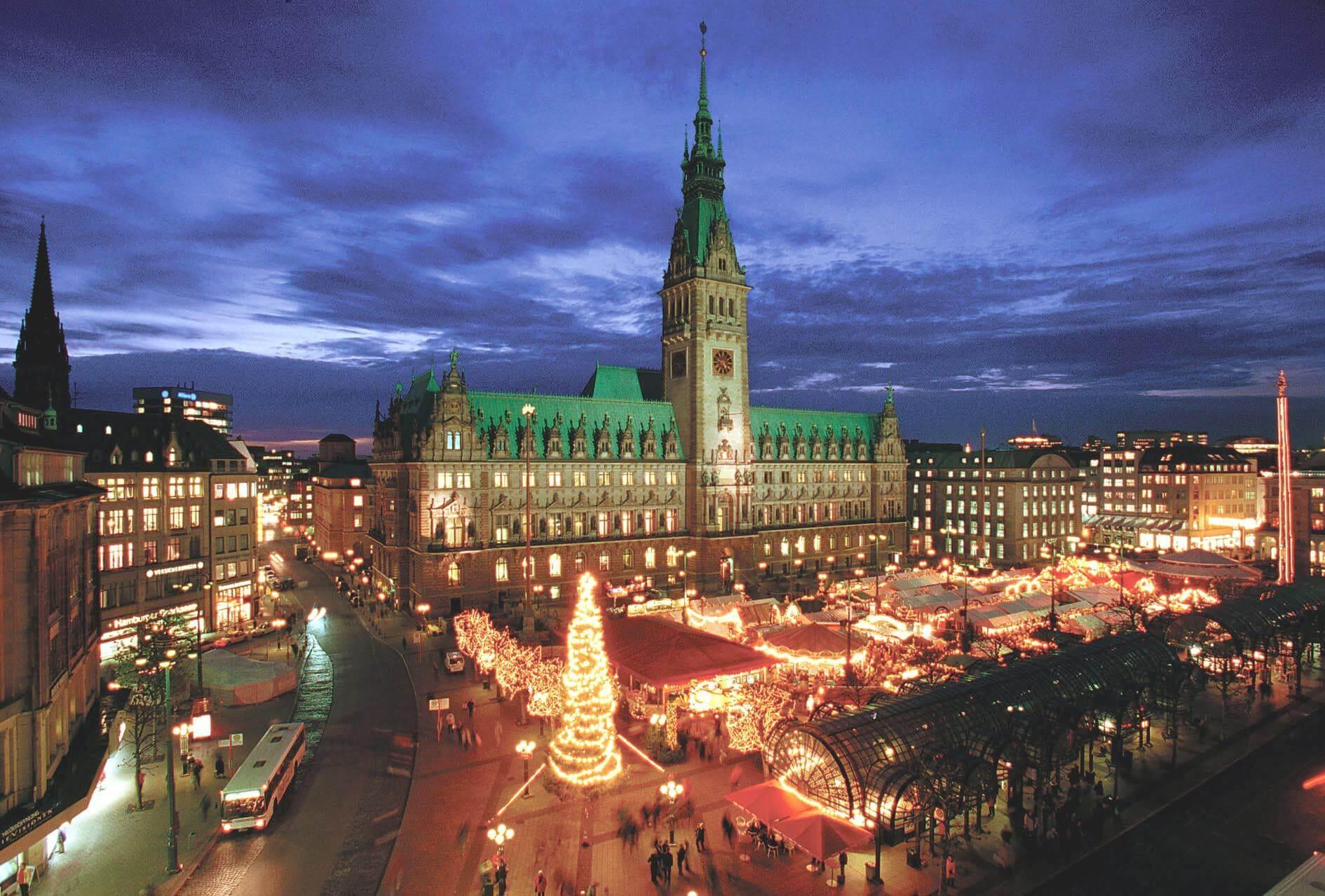 Hamburger Weihnachtsmarkt.Du Willst Die Volle Ladung Weihnachtsstimmung Dann Solltest Du