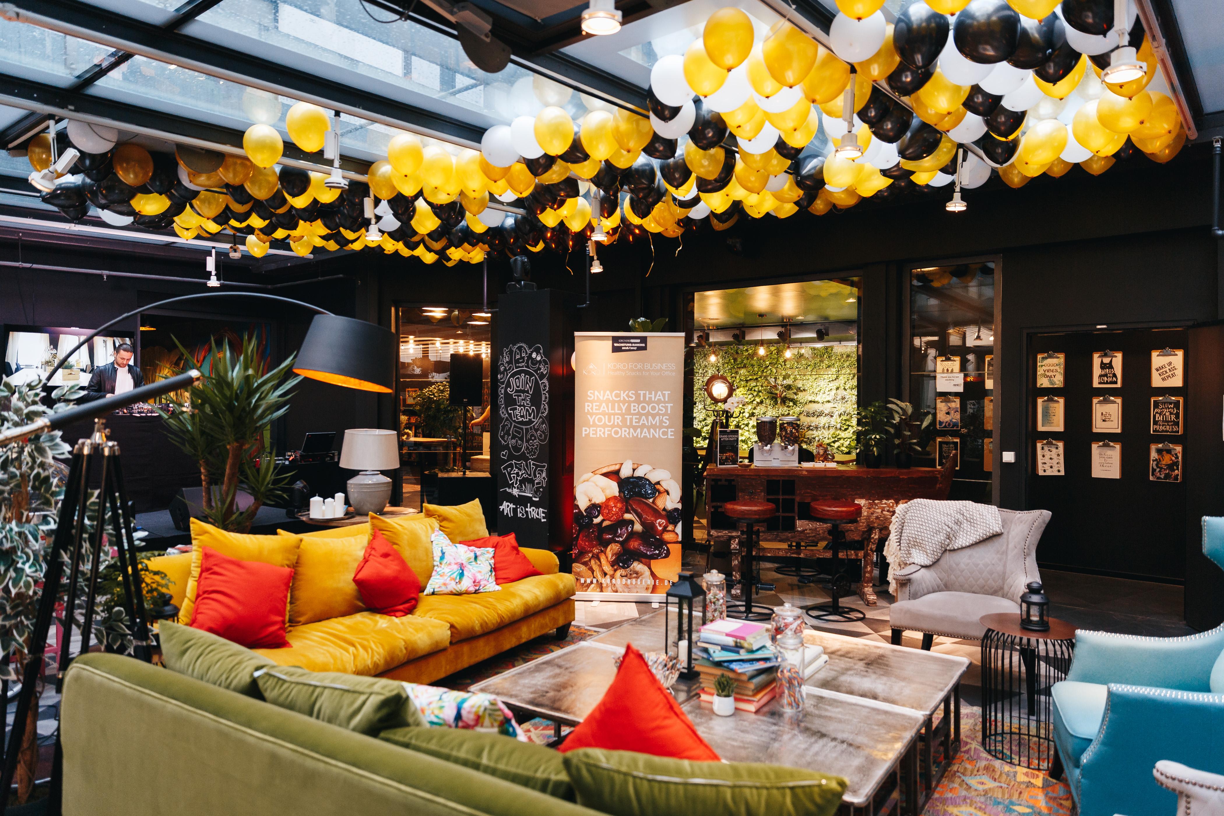 Fette Grand Opening Party von rent24 zur Eröffnung eines neuen Coworking Space! 🎉 🎊