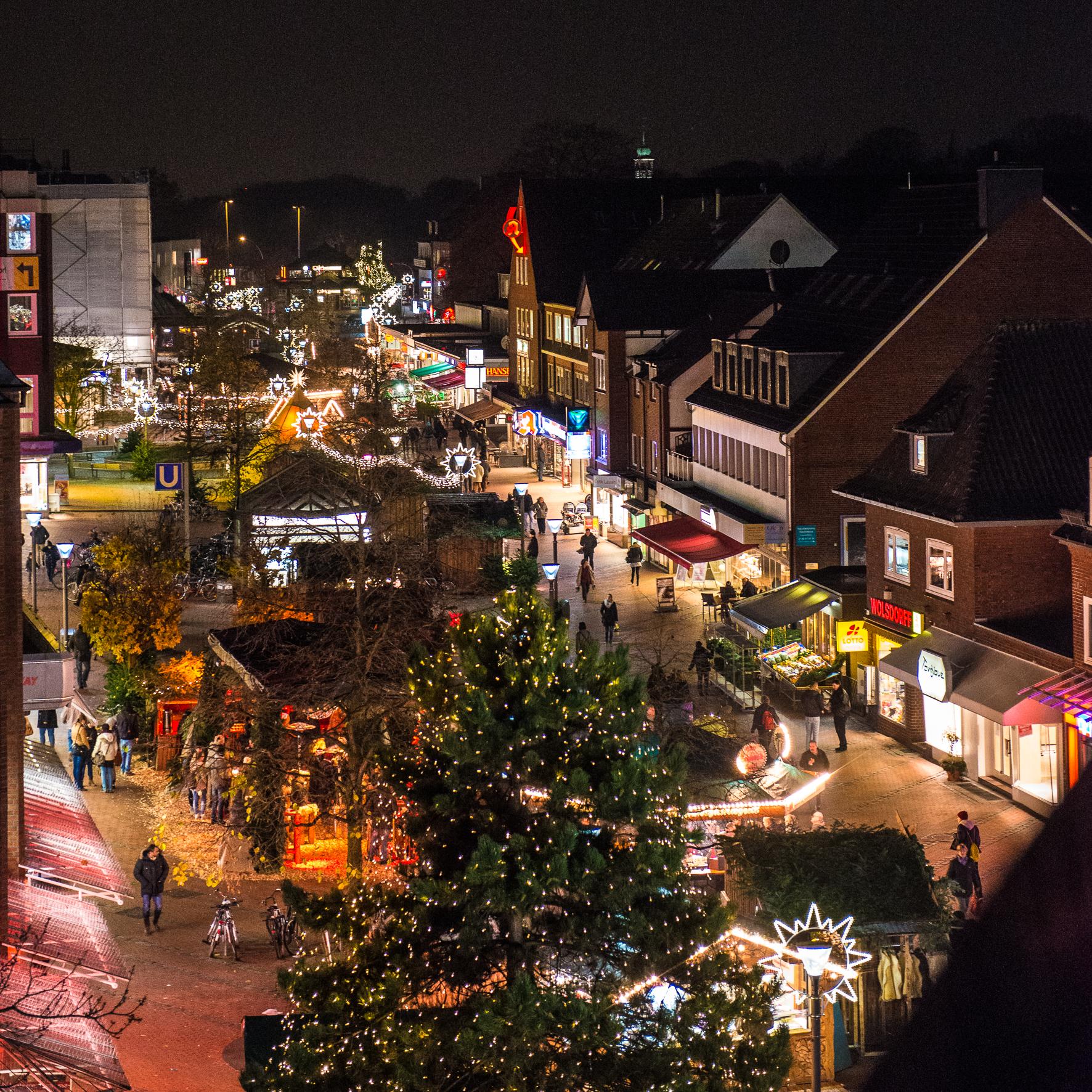 Weihnachtsmarkt Hamburg Heute Geöffnet.Der Schöne Weihnachtsmarkt Am Tibarg Eignet Sich Perfekt Für Einen