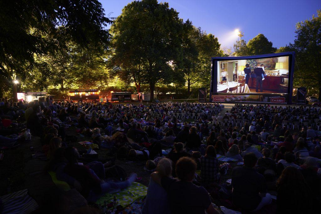 VERLOSUNG 🎉 Es gibt 5×2 Tickets für das Open Air Schanzenkino zu gewinnen!