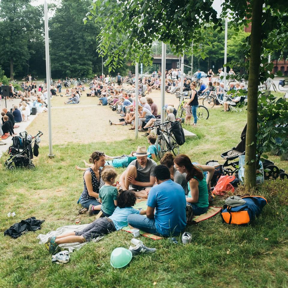 Die Inselparkkonzerte starten eine Blockparty mit Hip Hop und Grafitti.