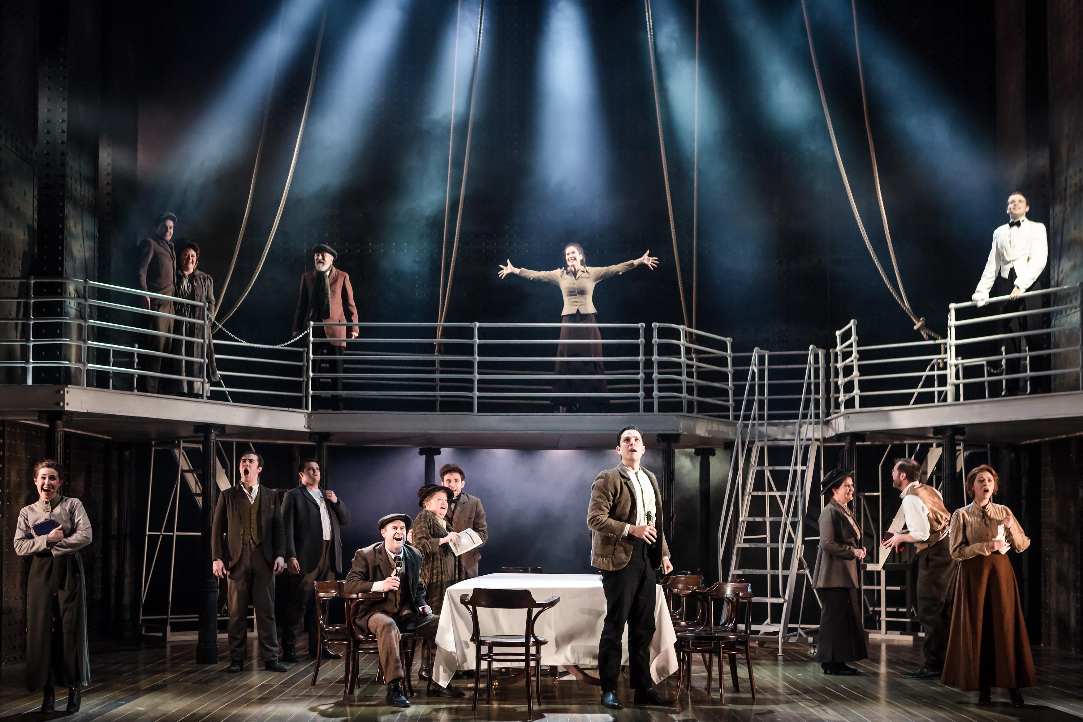 VERLOSUNG 🎉 Gewinne 5x2 Tickets für Titanic - The Musical in der ...