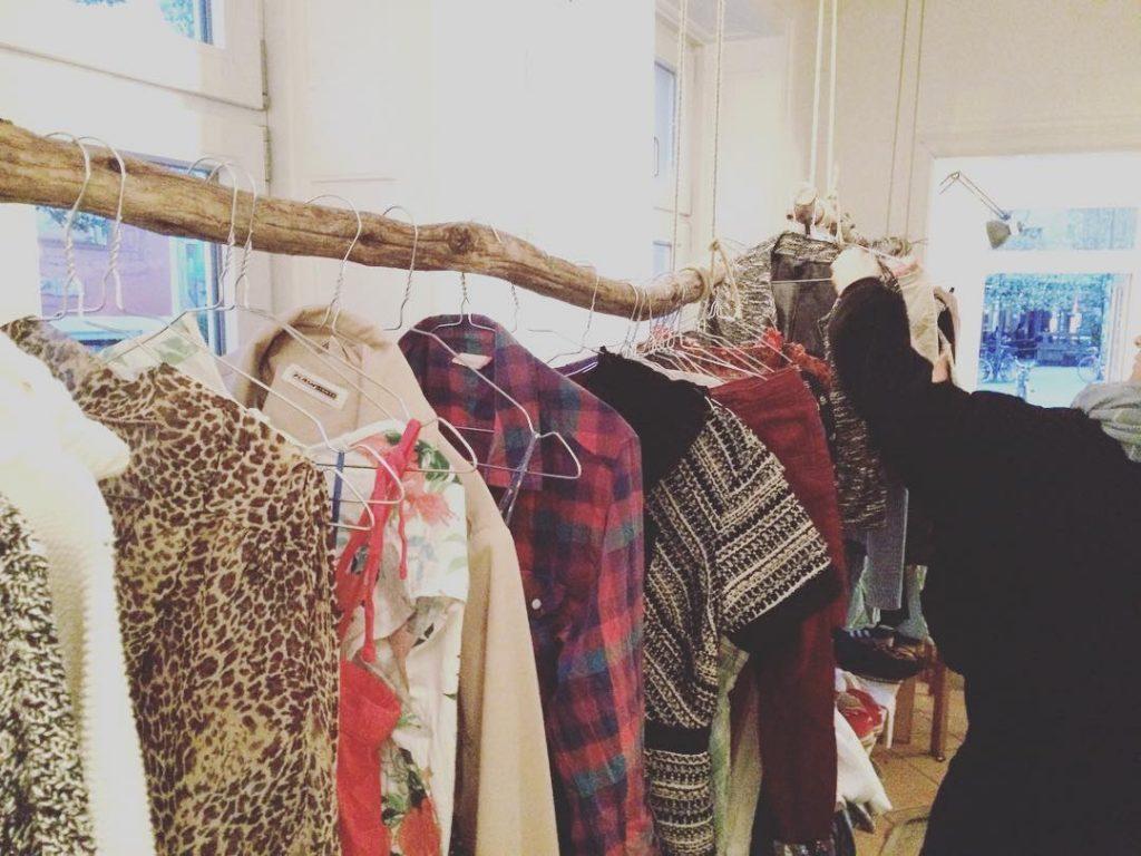 Der Kleidertausch in guter Gesellschaft beschert dir neue coole Klamotten!