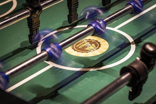 Beim F+K Kickerturnier bekommst du jede Runde einen neuen Partner. Sei gespannt!