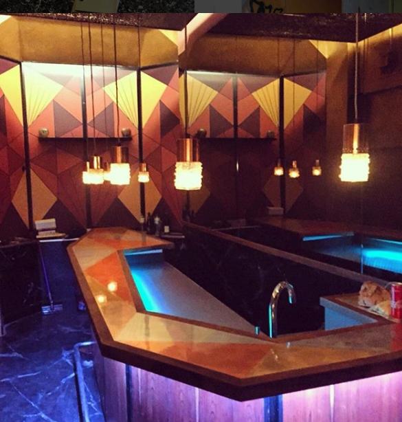 Die Vu Speak Easy Bar Braucht Nicht Viel Platz Für Gute Drinks