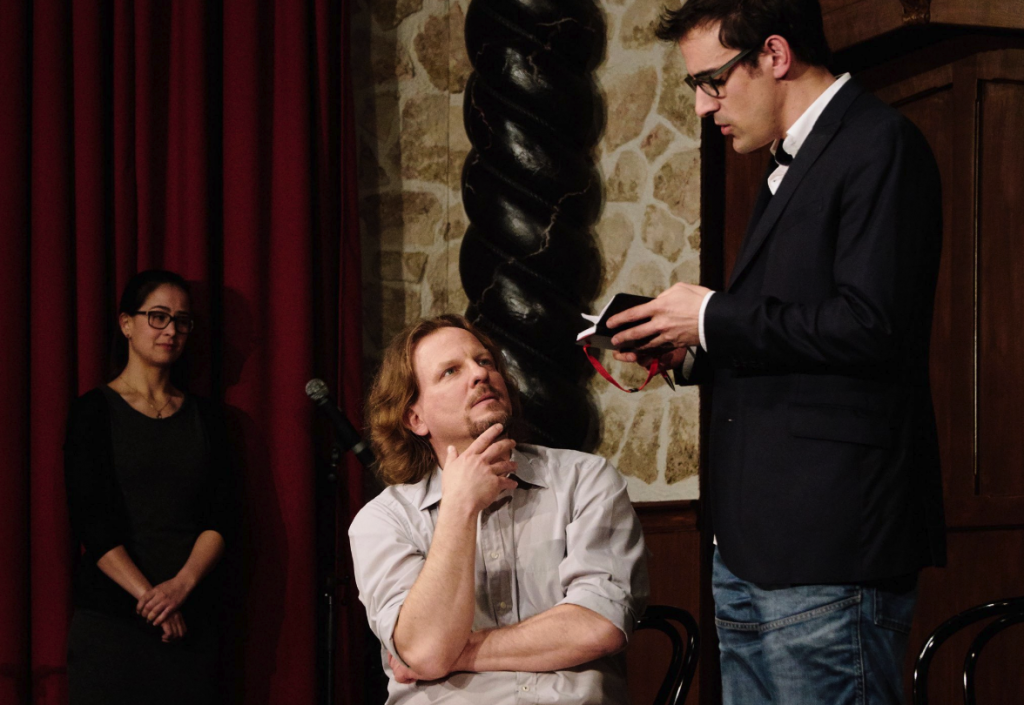Beim interaktiven Improkrimi entscheidet das Publikum über die Todesursache!