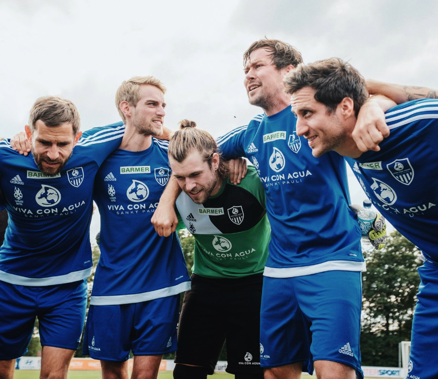 Milky Chance & Friends spielen beim Charity Basketball Match gegen Viva con Agua!