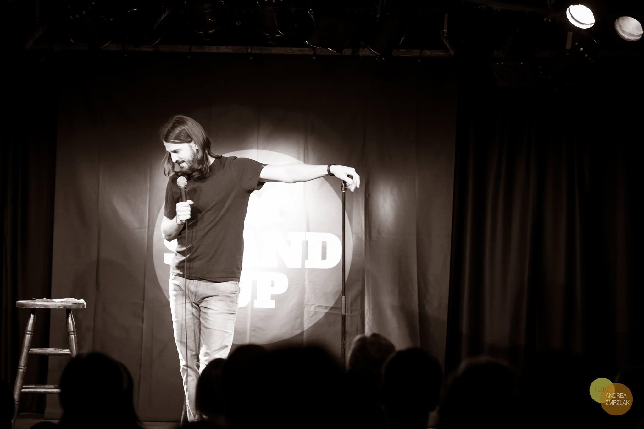 Die Comedians von I Love Stand Up haben 7 Minuten, um dich zu überzeugen.