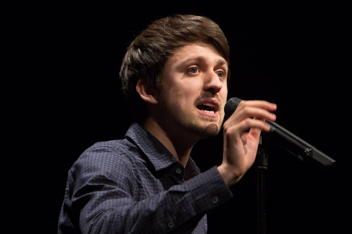 Entweder du liebst es oder du hasst es – der Zeise Poetry Slam!