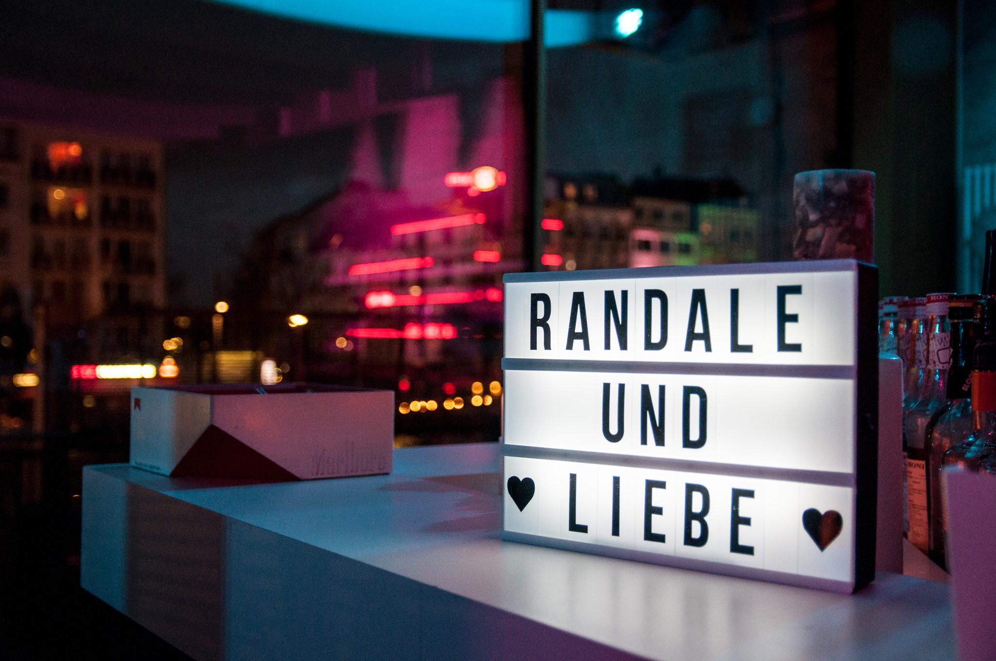 Neues Jahr, neue verbale Krawalle mit der Randale&Liebe-Lesebühne.
