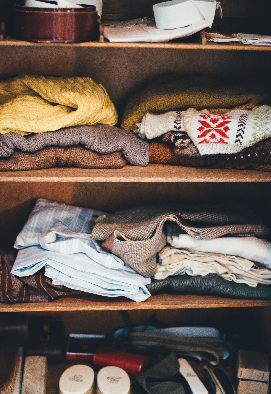 Clean Out Your Closet & spende deine Winterklamotten an Menschen in Not.