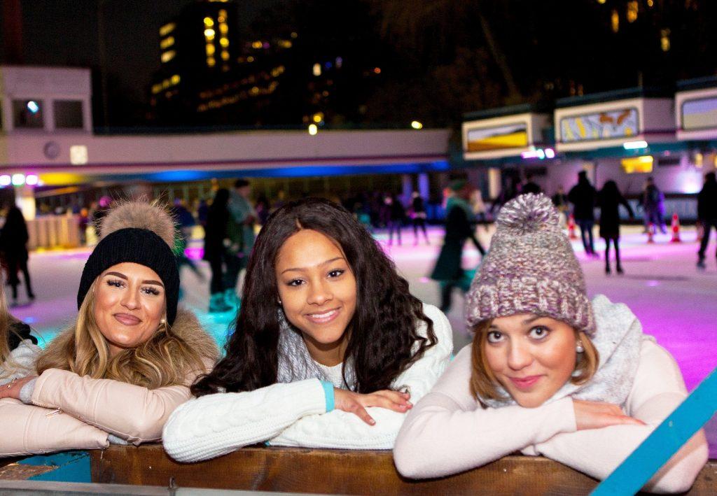 Schlittschuhe an und ab aufs Eis – Ladies only! 🙋♀️