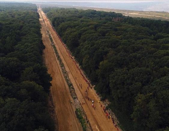 Die Rote Linie – ein Film über den lokalen Kampf für die Umwelt!