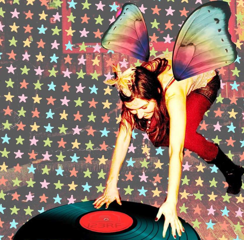 Frau Hedis Sundowner-Party zieht dich in DJ Malinkas bunte Welt!