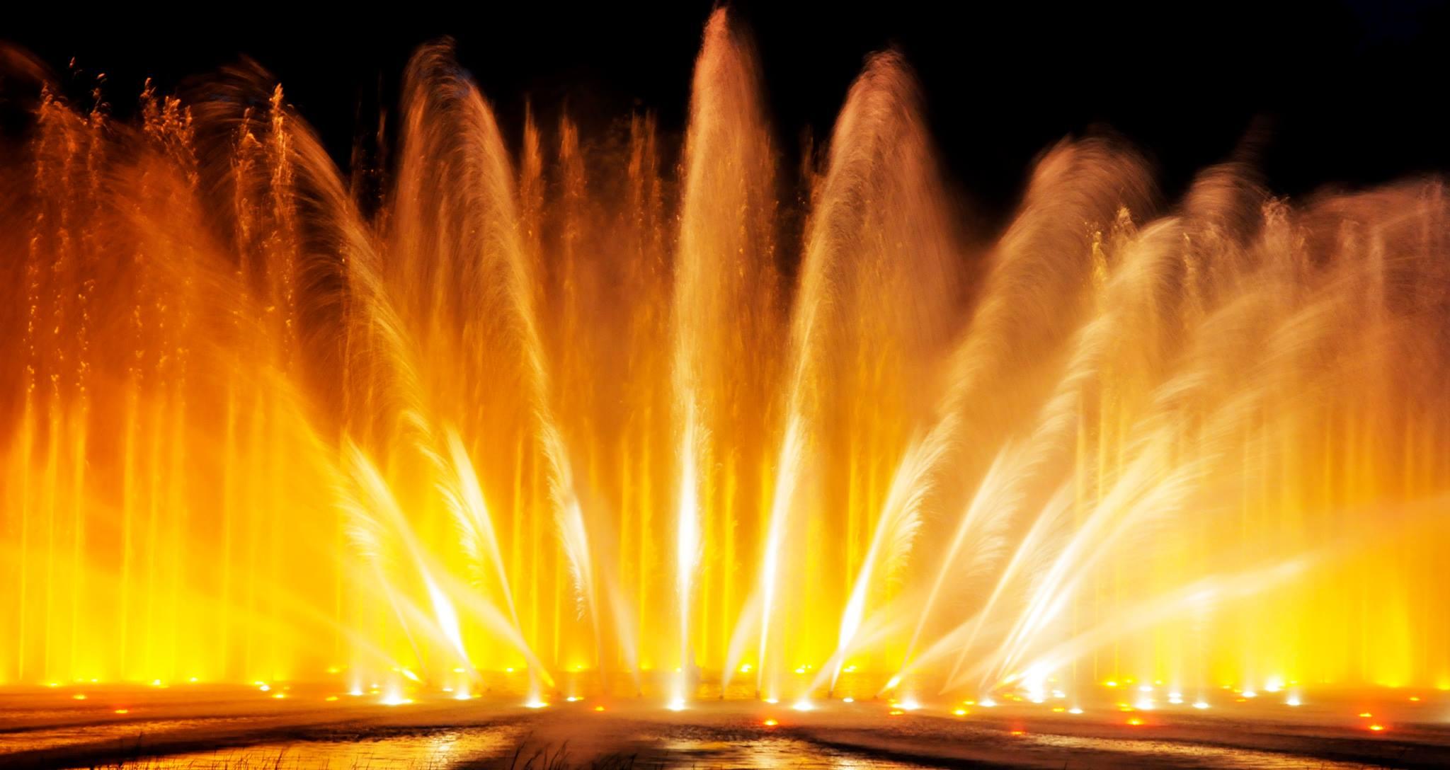 """Das Wasserlichtkonzert """"Cinema"""" folgt Hector Gonzalez Pinos Klang!"""