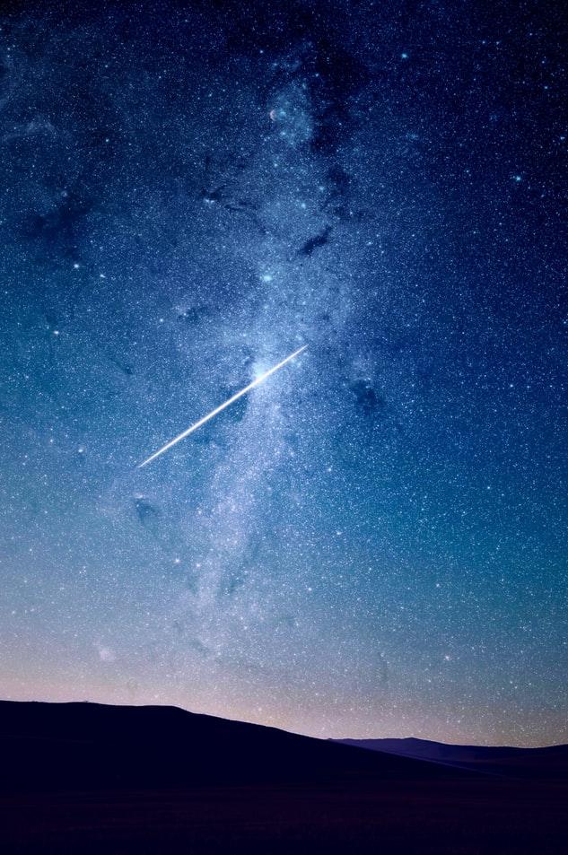 Die Sternschnuppennacht lässt den Himmel erstrahlen. 💫