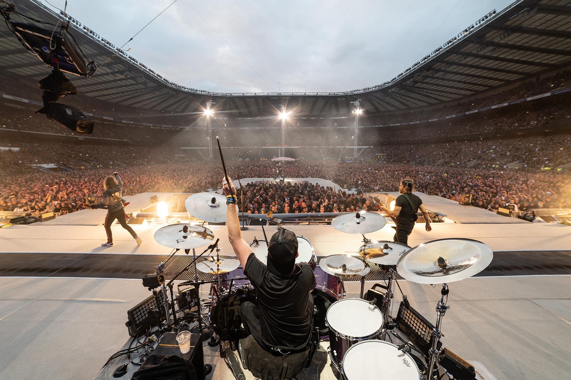 Genieß die Musik von Metallica mit Kino-Flair vom Feinsten!