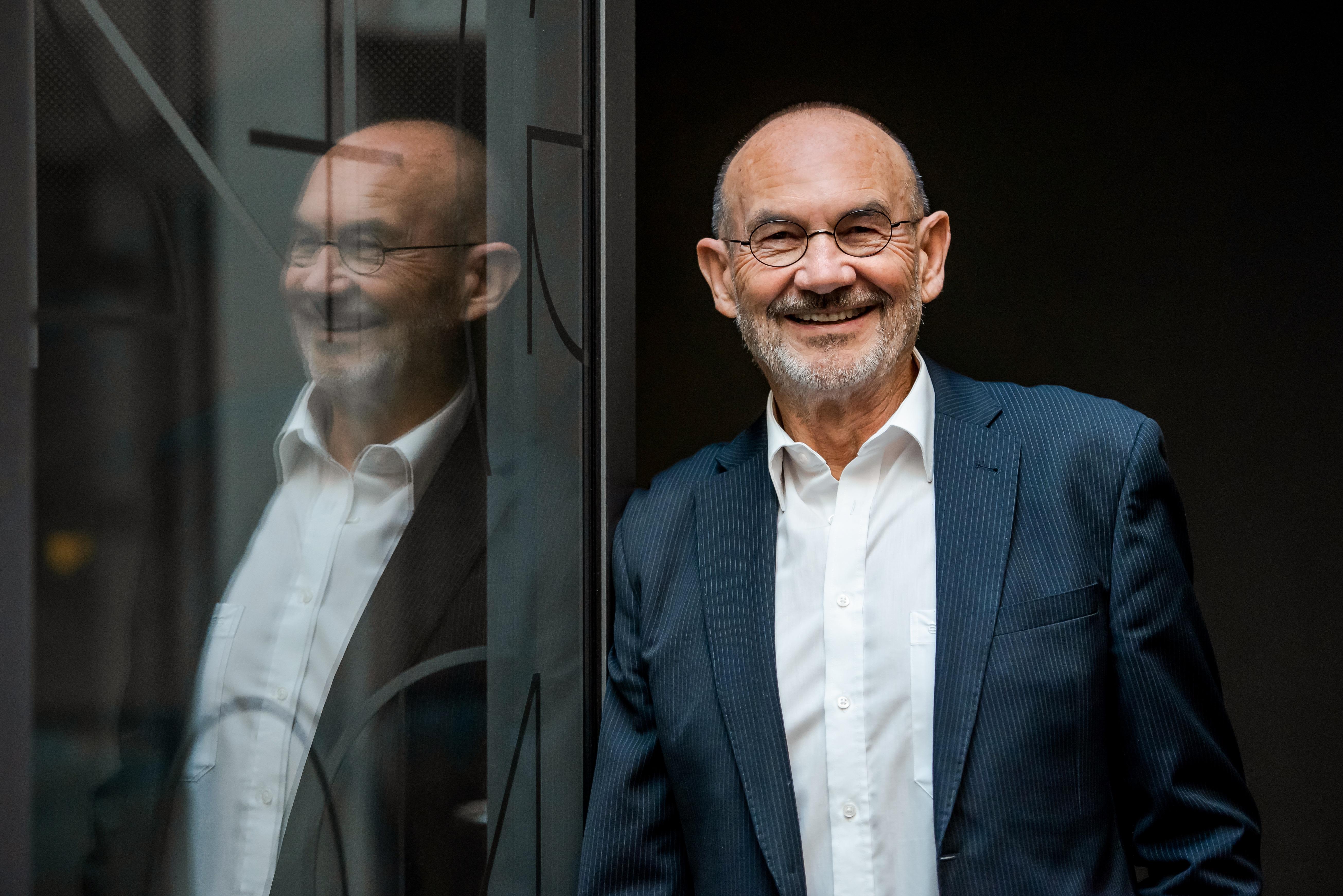 "Folge #16 – Prof. Norbert Aust – Gründer des ""Schmidt's Tivoli"""