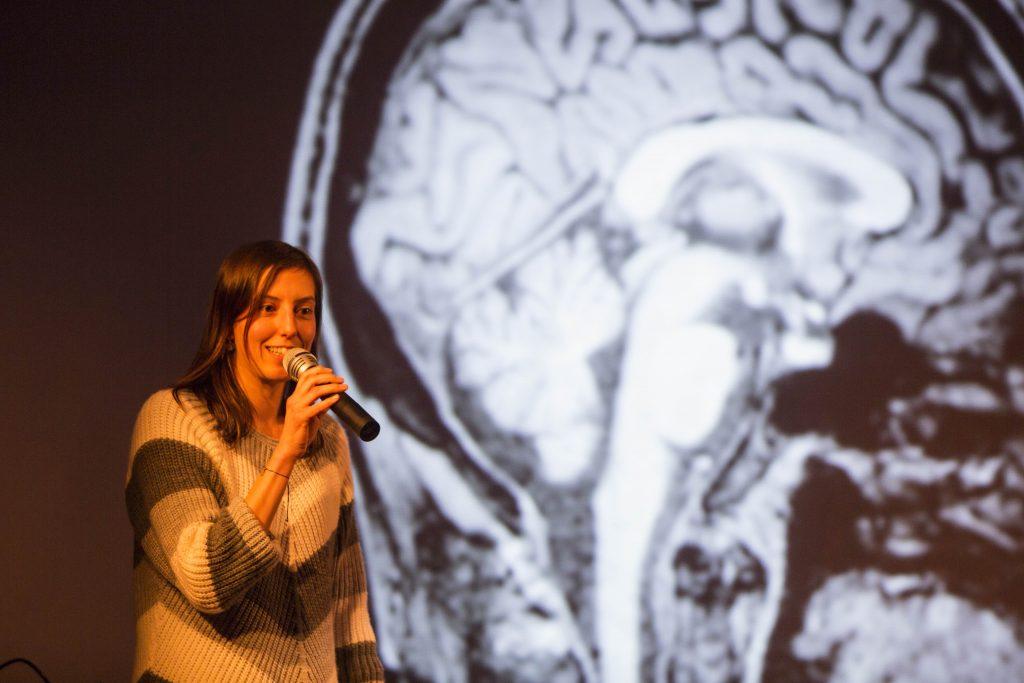 Science Slam: Wer hätte gedacht, dass Wissenschaft amüsierend ist?