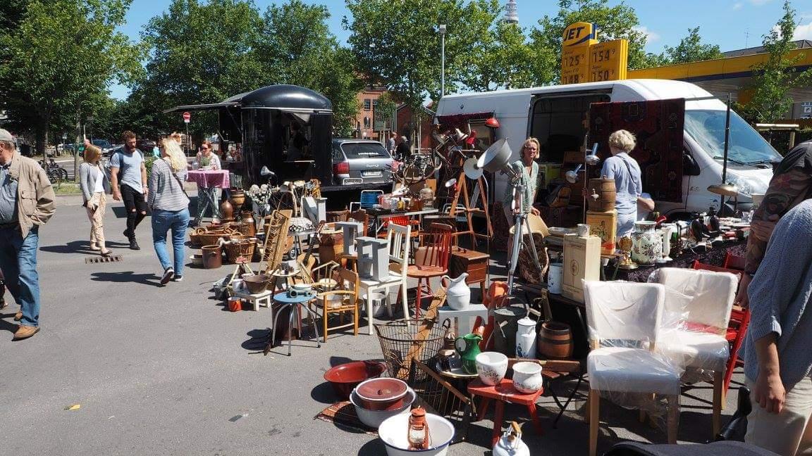 Second-Hand & Antik gibt's auf dem Herbstflohmarkt.