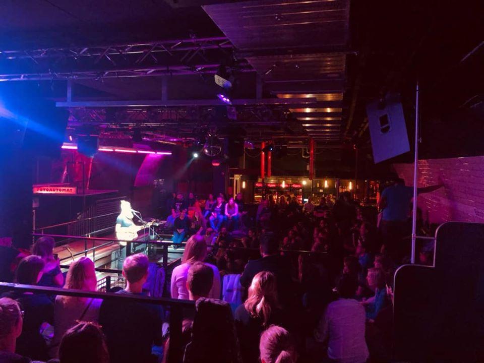 Musik, Comedy & Poetry kommen bei Hamburgs große Kleinkunst Show zusammen!