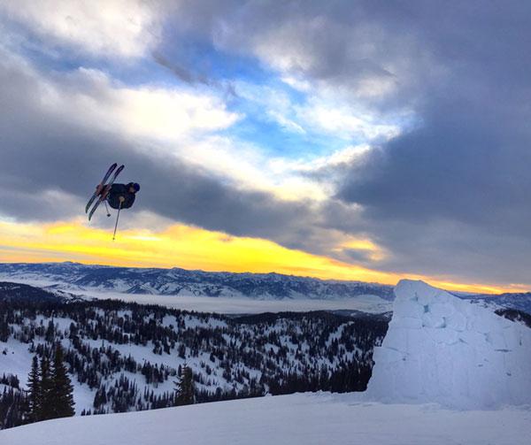 """Verrückte Szenen aus Ski- und Snowboardkultur siehst du im Film """"Winterland""""."""