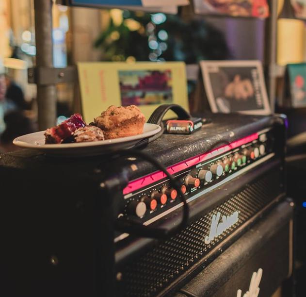 Kuchen kann jeder, aber mit Musik schmeckts noch viel besser.