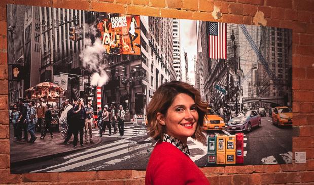 NONA präsentiert ihre Ausstellung über New Yorker Street-Style Fashion.