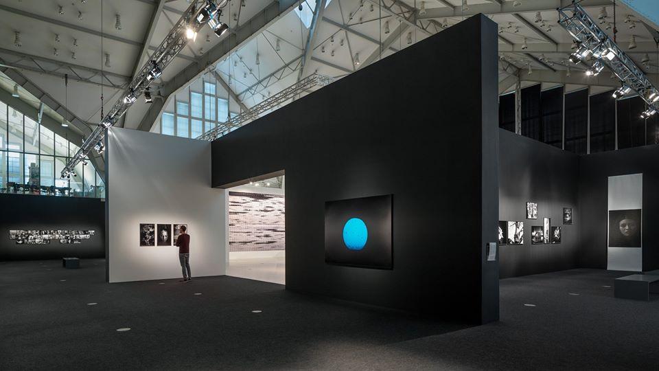 Haus der Photographie: Der Kurator führt durch die Ausstellung von Paolo Pellegrin.