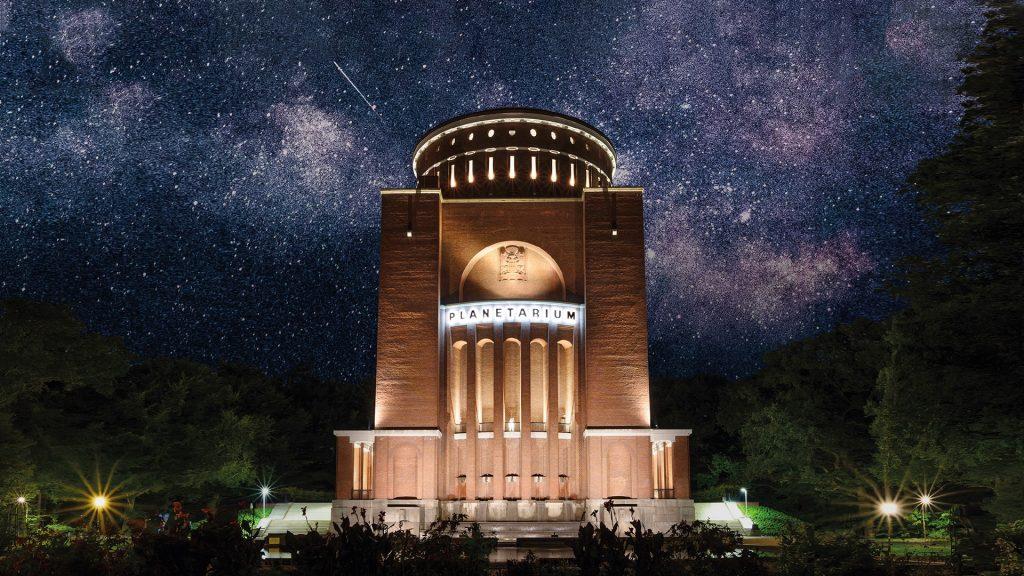 Entdecke den Himmel über Hamburg mit dem Sternenpodcast.