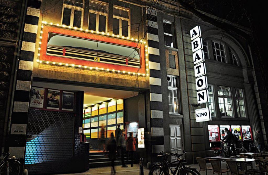 Sneak Preview im Abaton: Quiz, Kino & Popcorn an einem Abend.