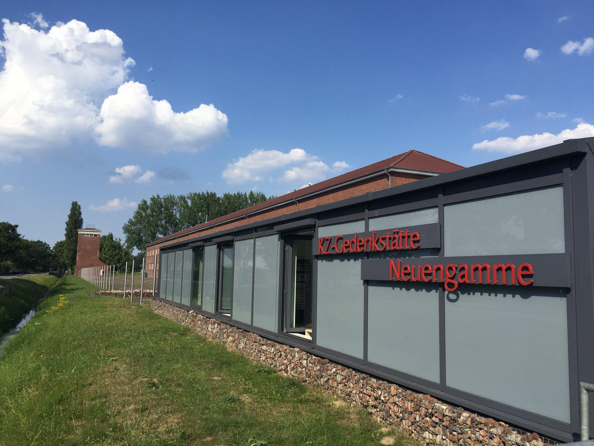Die KZ Gedenkstätte Neuengammeberichtet immer mittwochs.