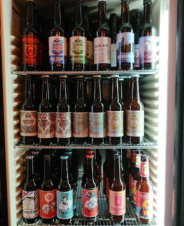 Mach deinen wöchentlichen Biereinkauf bei Backpackers St. Pauli.