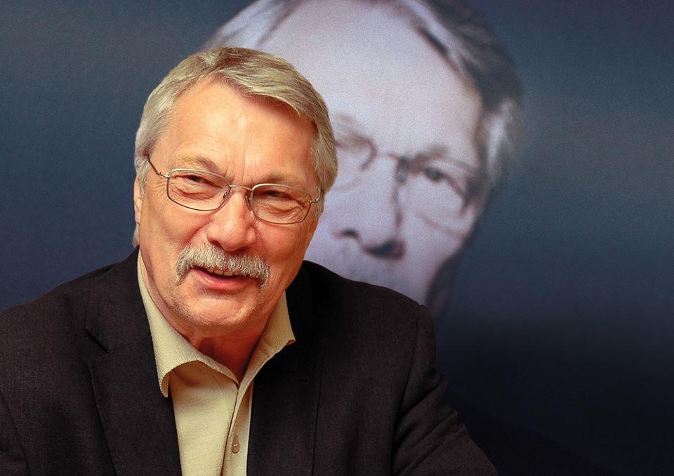 Henning Venske liest und kommentiert.