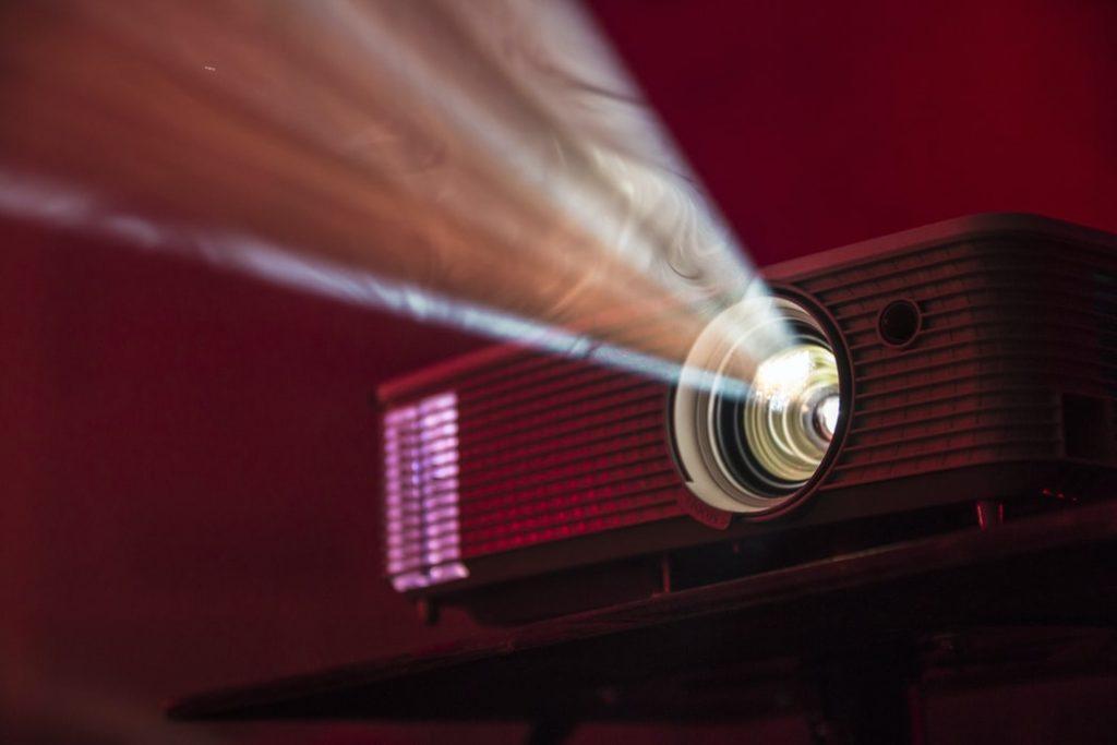 Lass dich überraschen was beim Open Air Kino goes gefährlich läuft.
