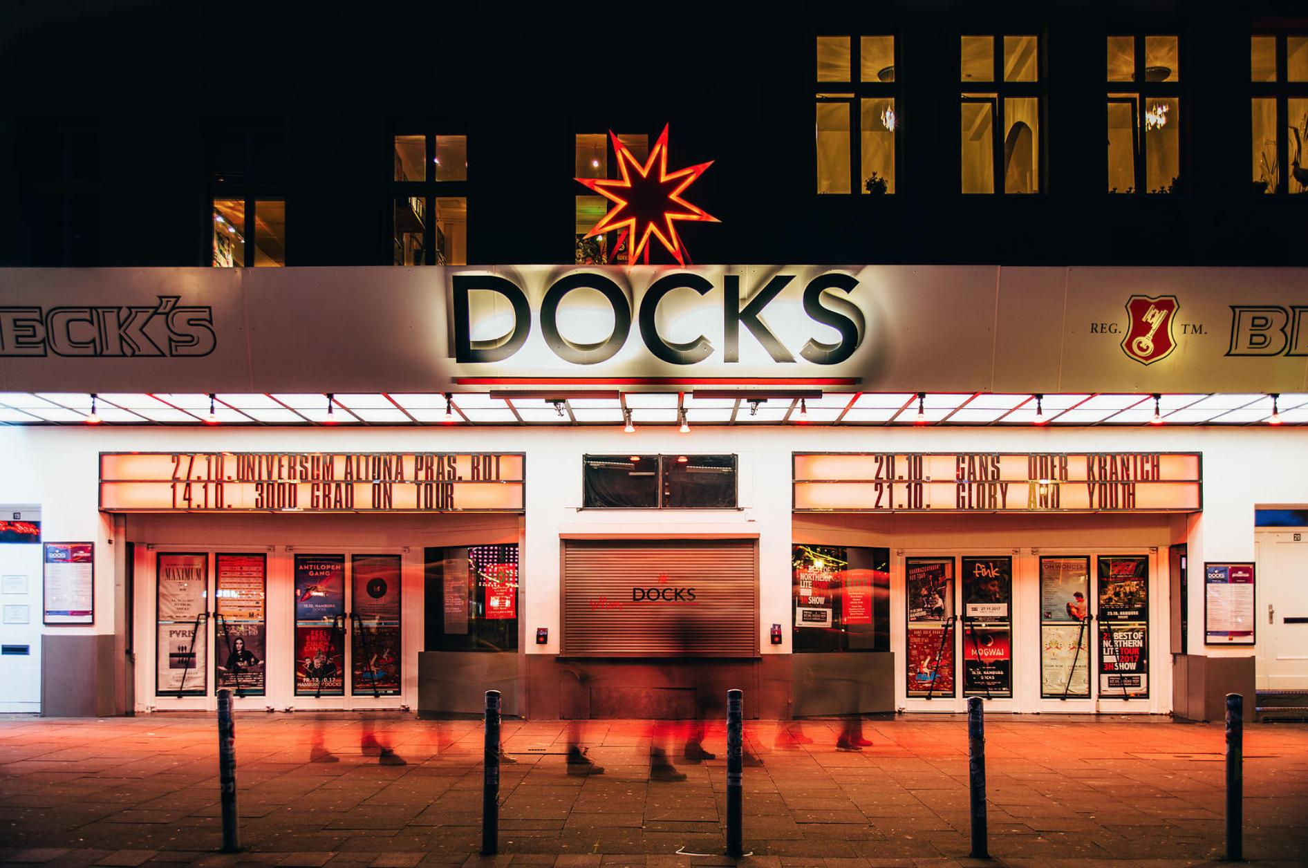 Das Docks hat sich etwas Neues überlegt. Genieße dein Wochenende – mit Abstand!