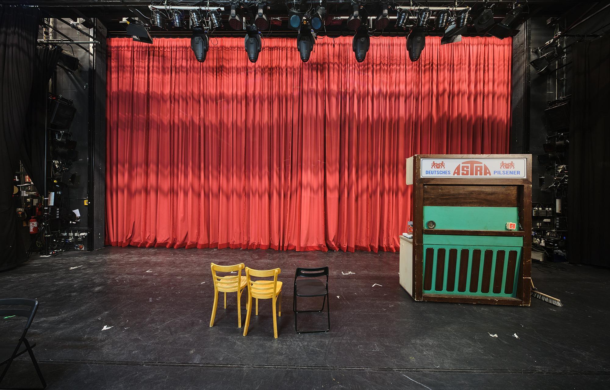 Lust aufs Theater? Genieße das facettenreiche Programm der digitalen Theaternacht.