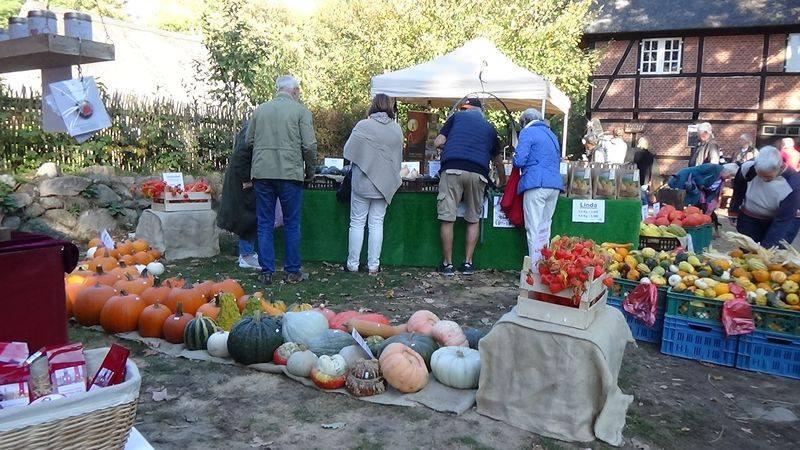 Verbringe deinen Sonntag auf dem Bauernmarkt in Volksdorf.