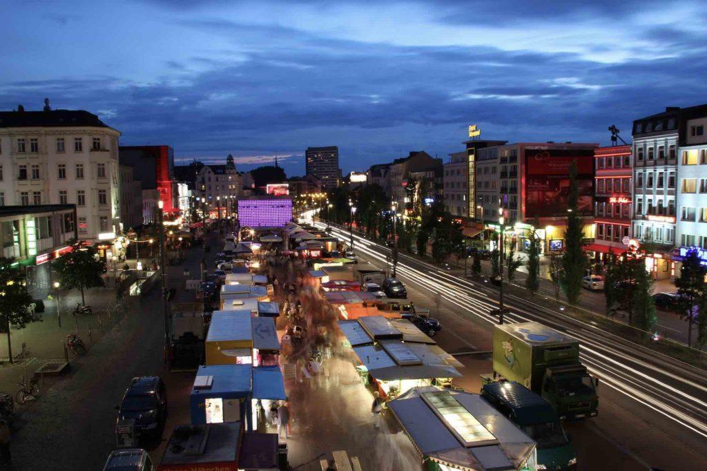 Auch 2021 noch ein echter Hit: Der St. Pauli Nachtmarkt.