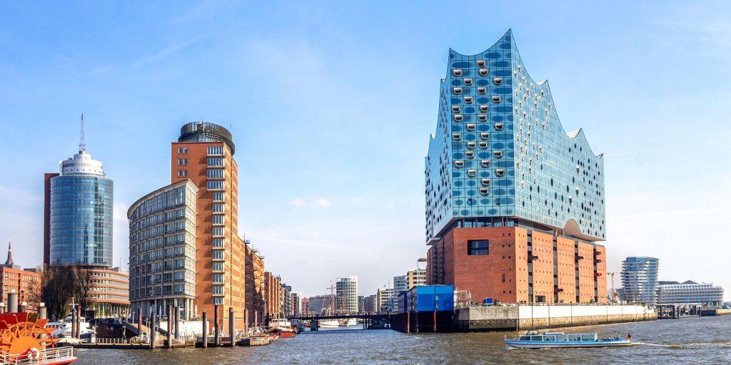 Erfahre alles über Hamburgs berühmtestes Konzerthaus bei einer digitalen Tour.
