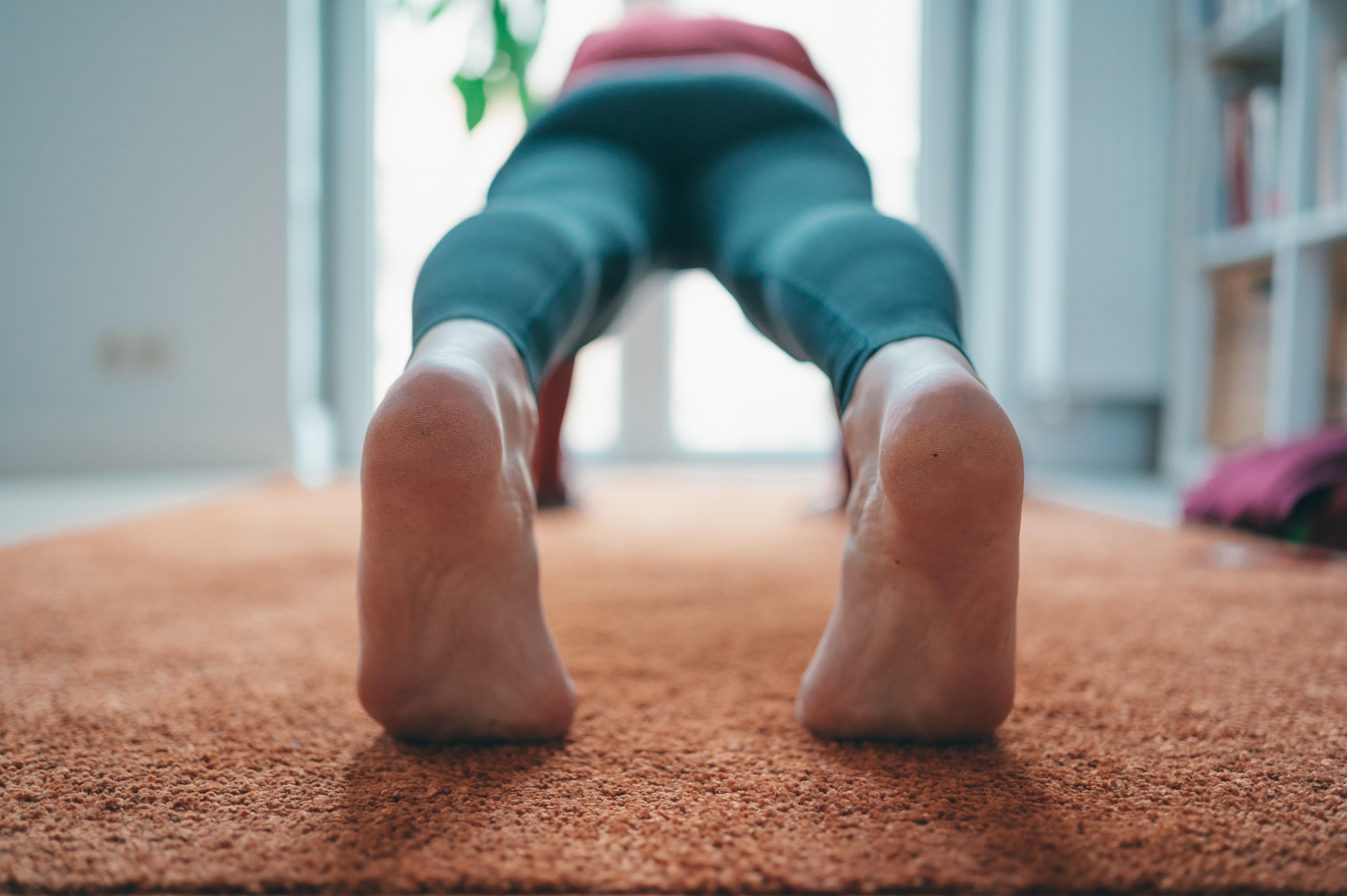 Das Full Body Workout von Pamela Reif macht dich fit für die Woche!