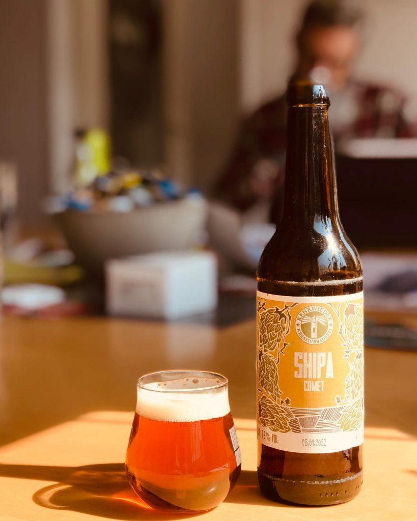 Trinke mit den Jungs der Kehrwieder Brauerei ein Feierabendbier.