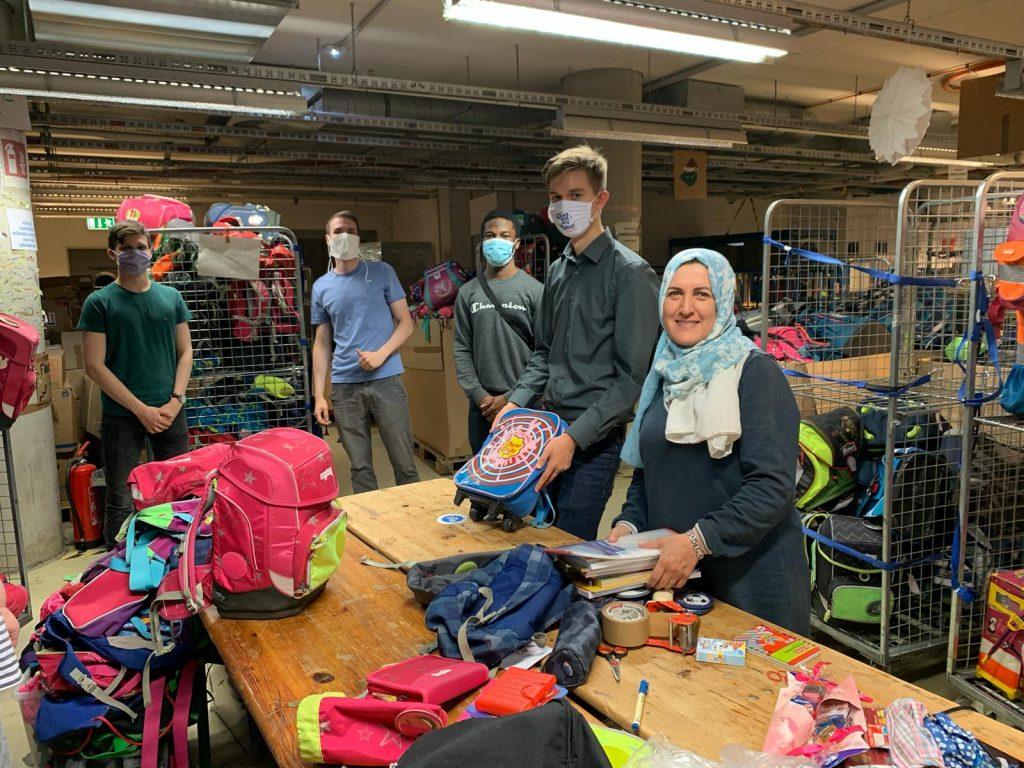Für einen fairen Schulstart: Bei Hanseatic Help werden Ranzen gesammelt.