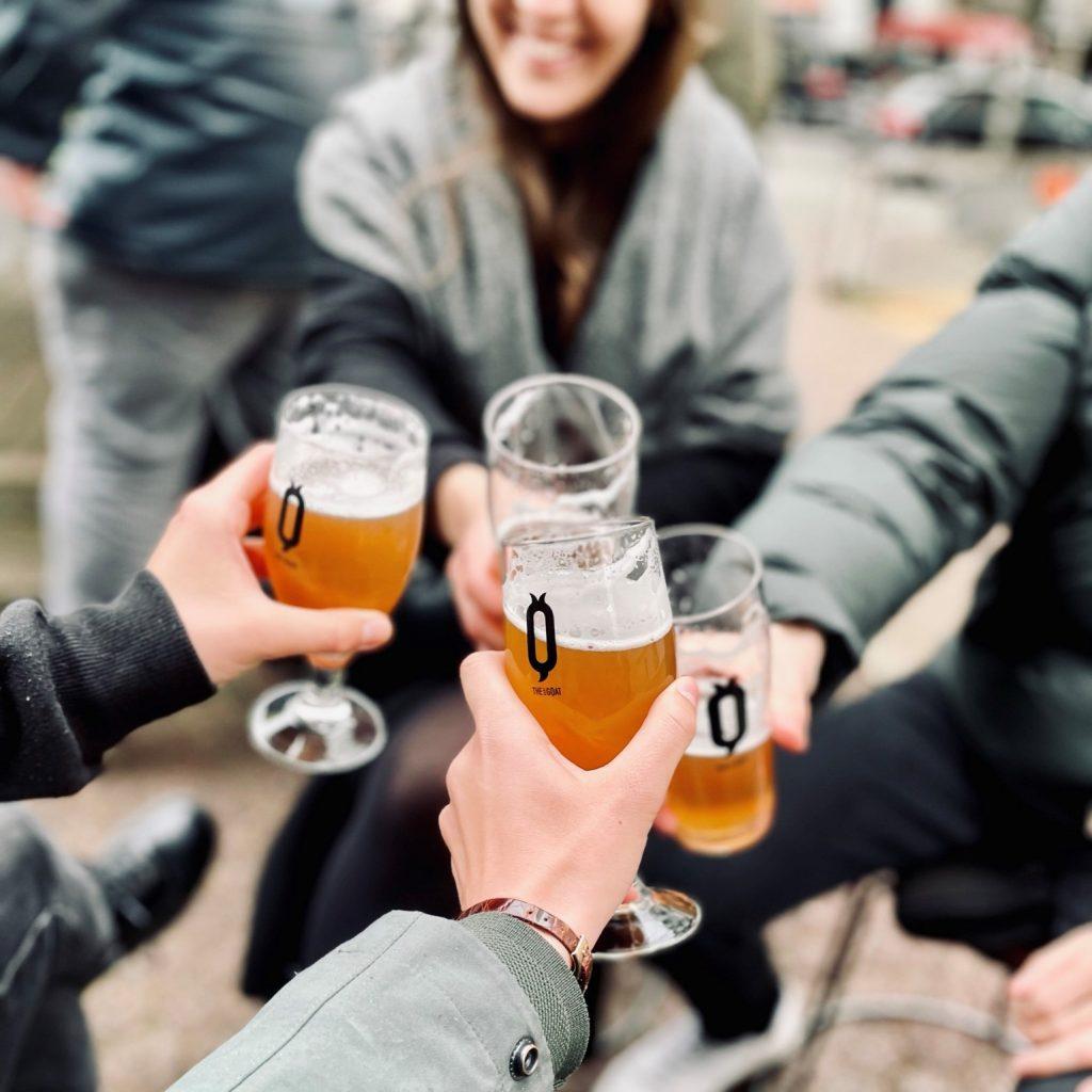 🎉 Wir verlosen ein Afterwork mit Bier und Fingerfood im Pub The Baby Goat!