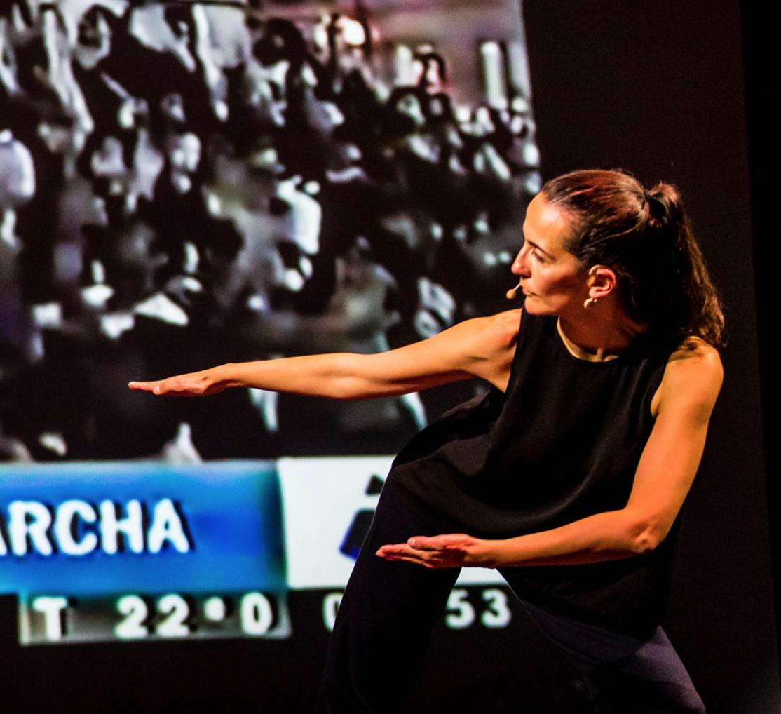 Besondere Tänze präsentiert dir Fernanda Ortiz.